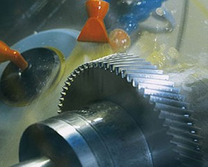 finish-gear-grinding-operation